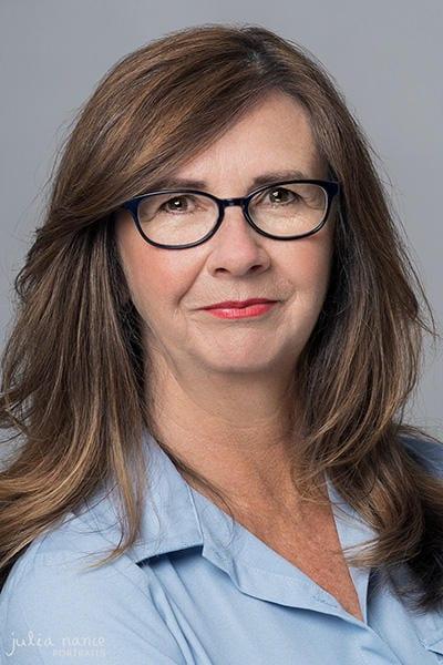 Corporate Headshot Photography Melbourne - Melbourne Corporate Headshots - Professional Linkedin Headshots - Personal Branding Photography